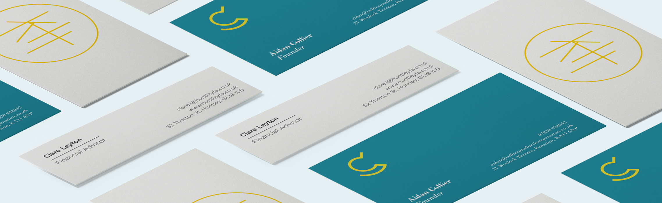 How To Choose The Best Business Card Size For Your Startup